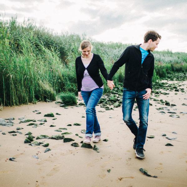 Engaged_couple_torben_roehricht_hamburg-008