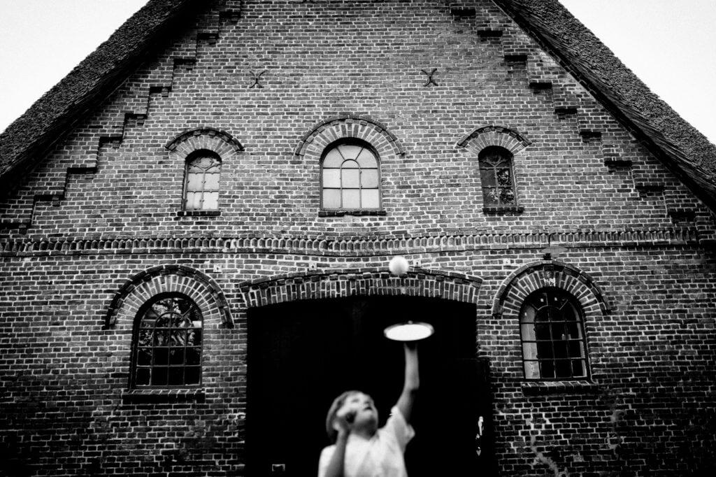 torben-roehricht-fotograf-hochzeit-schloss-agathenburg47