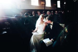 Brautpaar in St Nikolai in Borstel, Altes Land